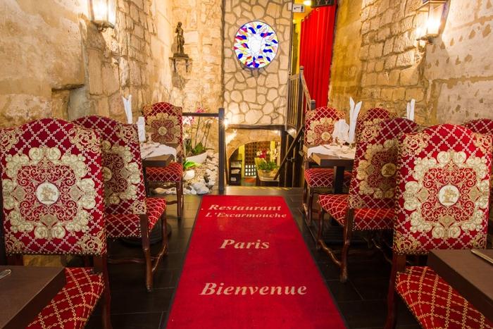 Accueil restaurant groupe L'Escarmouche